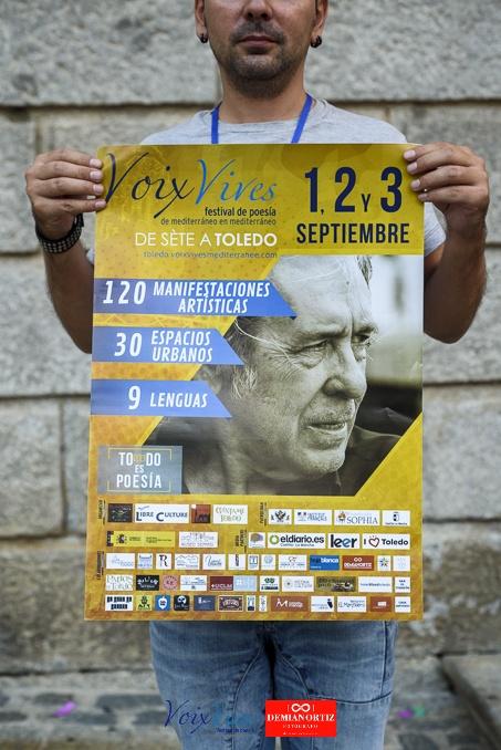 Diseño gráfico del cartel publicitario del festival internacional de poesía Voix Vives.